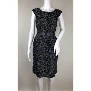 Banana Republic Dresses - Banana Republic Sleeveless Dress Size 0